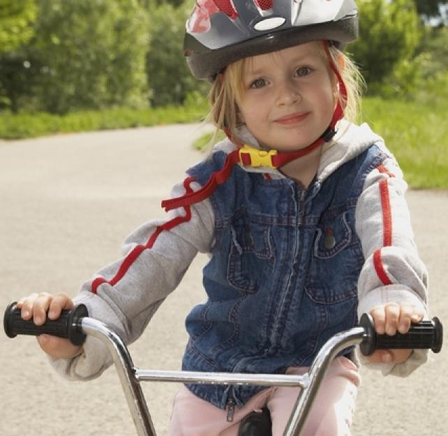 Los niños y su seguridad: al montar en bicicleta